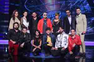 Contestants with Judges , Zoe Viccaji &; Strings band