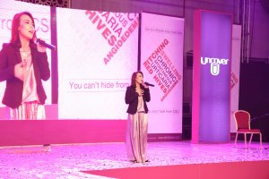 Music Icon Natasha Baig Performing live
